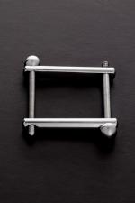 Ball Clamp - Un accessoire BDSM haute qualité et très simple à utiliser pour comprimer la verge, les bourses ou les deux à la fois.